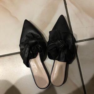 Zara slip on slippers sz 6
